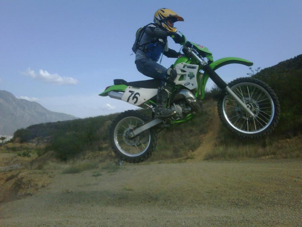 moto (2).jpg