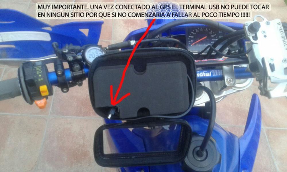04-Colocacion 2 -MUY IMPORTANTE QUE USB NO TOQUE NADA.jpg